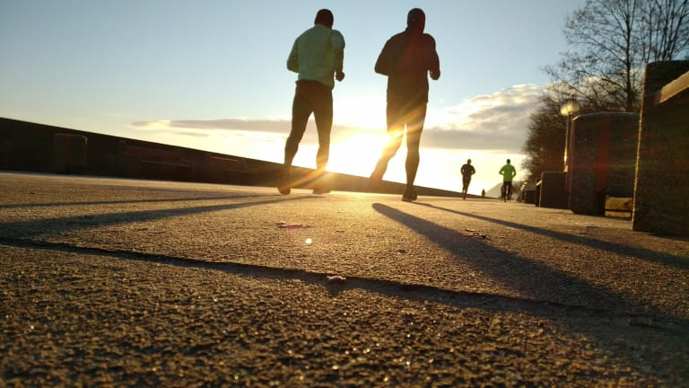 Experts Recommend that Cancer Patients Continue to Stay Physically Active