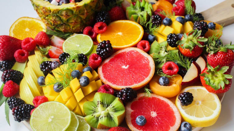 Variety of Veggies and Fruits May Help Prevent Lung Cancer