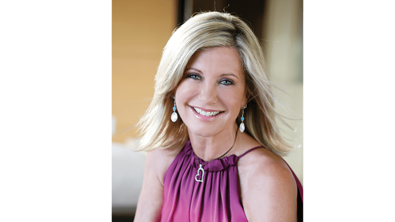 Olivia Newton-John: Living to Thrive